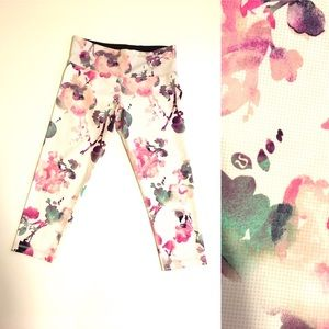 Lululemon Wunder Under Crop Blurred Blossom Sz:6